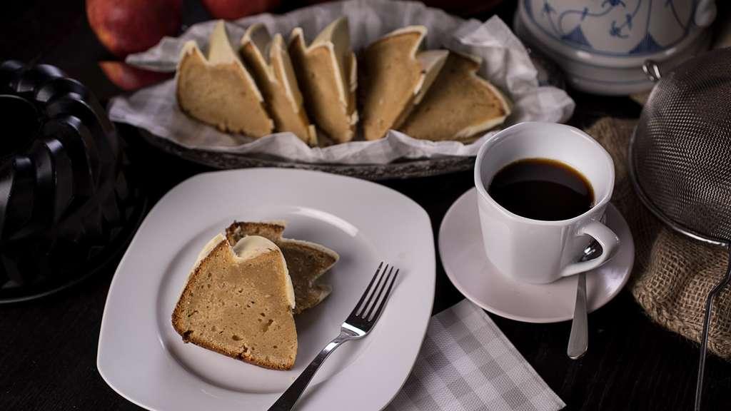 einfaches rezept f r r hrkuchen mit apfelmus und joghurt hna 7. Black Bedroom Furniture Sets. Home Design Ideas